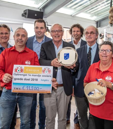 Eerste mandje platte oesters levert 11.200 euro op voor Vrienden van Siem