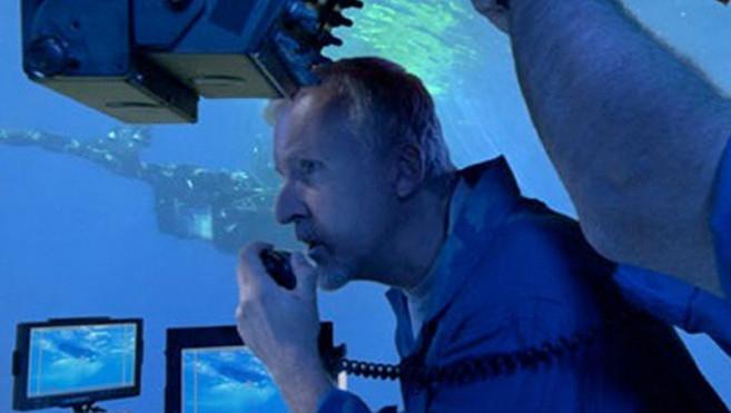 """James Cameron profiterait de son voyage à 11.000 mètres sous le niveau de la mer pour prendre des images destinées à """"Avatar 2""""."""