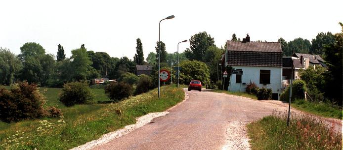 De Maasdijk bij Oud-Empel waar de gemeente de wielerronde van Spanje graag ziet fietsen.