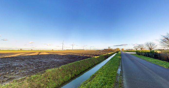 Visualisatie van de windmolens langs de Oude Maas tussen Puttershoek en Heinenoord.