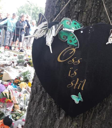 Massale rouw in Oss: 'Je hoeft geen kinderen te hebben om hier intens mee te leven'