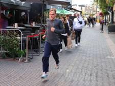 Alternatieve marathon in Eindhoven: toegejuicht worden op een uitgestorven Stratumseind