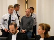 Dochtertje (4) ziet hoe Nederlander haar moeder doodt met hakmes: 'Ik zei stop, maar hij stopte niet'
