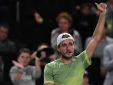 Pouille in eigen land naar de ATP-finale tegen Chatsjanov