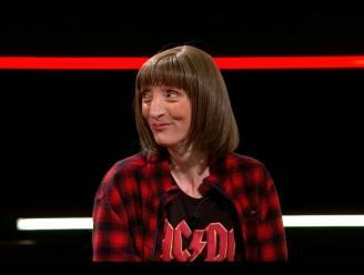 """Delphine Lecompte, de dichteres die iedereen doet lachen in 'De Slimste Mens': """"Al vier maanden van de drankduivel verlost"""""""