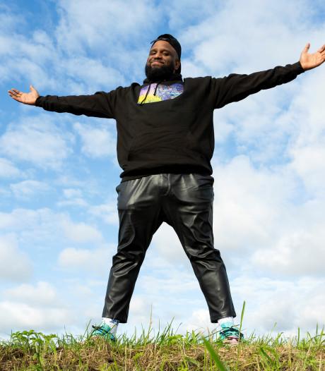 Rapper Willie Wartaal komt met eerste album