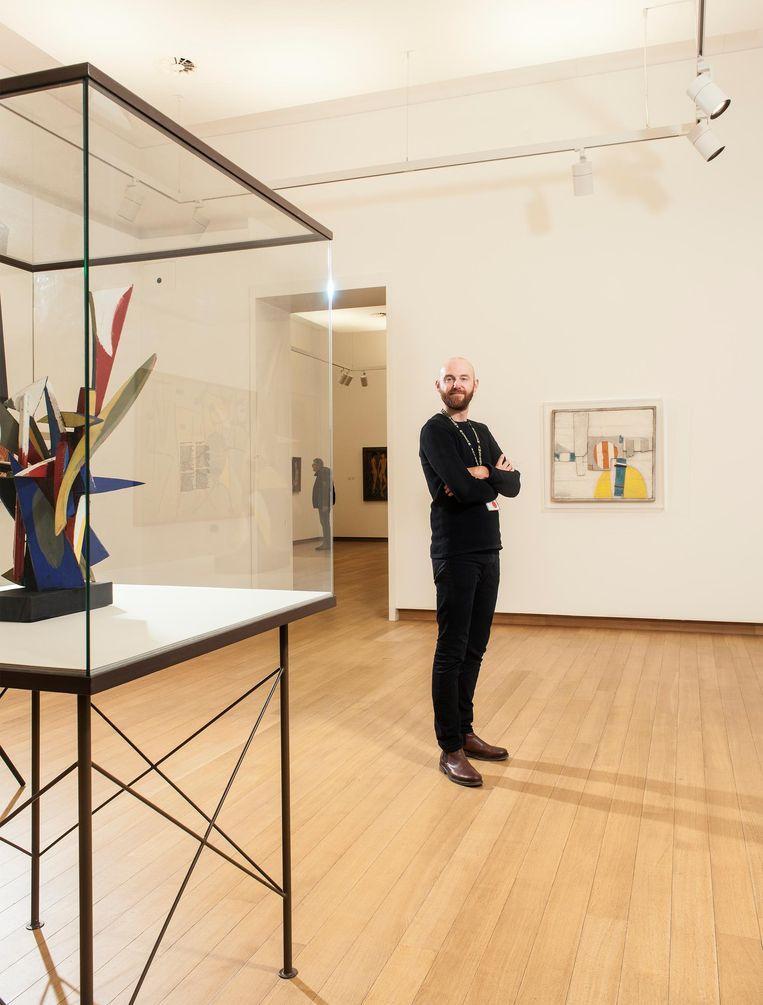 Martijn Janssen in het Stedelijk Museum Beeld Friso Keuris