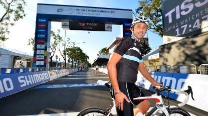 """52-jarige Andrea Tafi heeft ploeg om Parijs-Roubaix te rijden: """"Niemand heeft dit in de geschiedenis van het wielrennen al gedaan"""""""