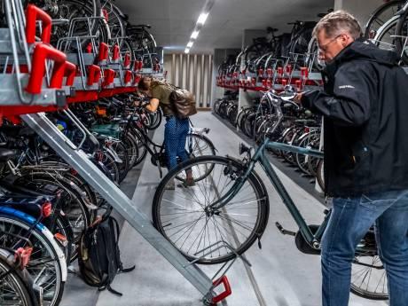 12.656 fietsenrekken, maar je mag niet overal je fiets neerzetten. Hoe zit dat?