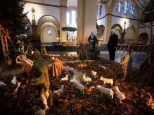 Wie mag er met kerst nog wél de kerk in? 'Het is ondoenlijk om er slechts dertig toe te laten'
