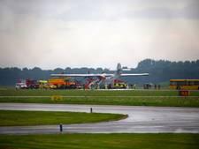 Bekijk hier de riskante landing op Lelystad Airport