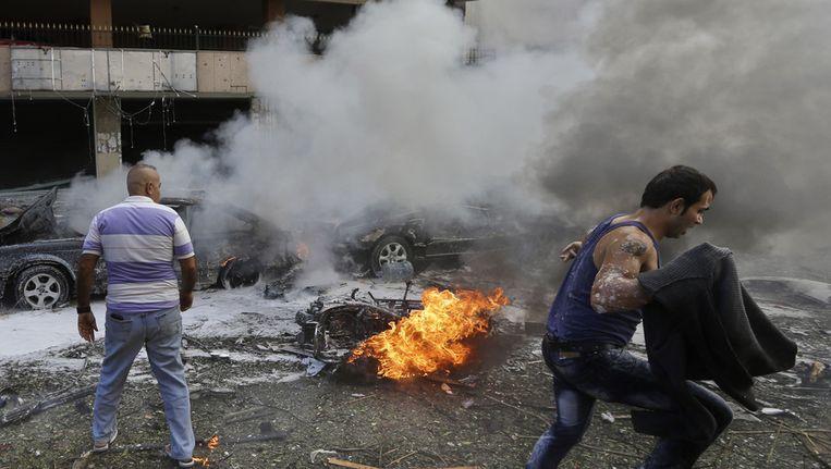 Een aanslag bij de Iraanse ambassade vorig jaar in Beirut. Beeld ap
