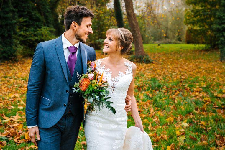 Nederlandse Blind Getrouwd Bruid Verkoopt Haar Trouwjurk