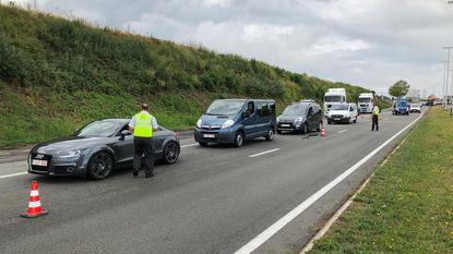Stiptheidsactie van controleurs verkeersbelasting zorgt voor kilometers file