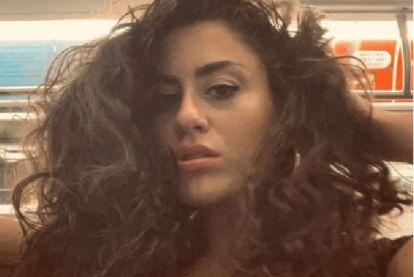 'Subway Bae' scoort op Twitter met sexy selfieshoot in metro New York