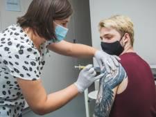 UZ Gent zoekt gezonde 65-plussers om  coronavaccin te testen