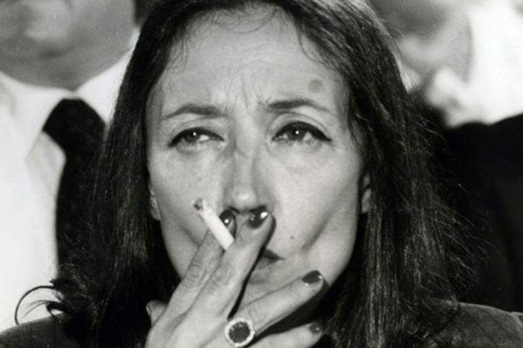 De Italiaanse journaliste en schrijfster Oriana Fallaci, hier te zien in 1953, is overleden. De auteur stierf in de nacht van donderdag op vrijdag in Florence op 76-jarige leeftijd. Fallaci viel de afgelopen jaren op door haar kritiek op de radicale islam. Ze leed al langere tijd aan kanker. (AFP) Beeld