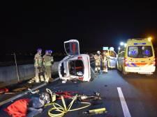 A35 bij Wierden tijdelijk dicht na ongeval: vrouw overgebracht naar ziekenhuis