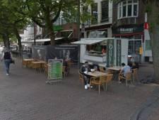 Kebabzaak Dönerix in Deventer jaar na verwoestende brand weer open