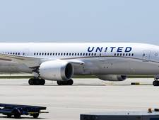 United Airlines weigert meisjes met leggings, celebrities boos