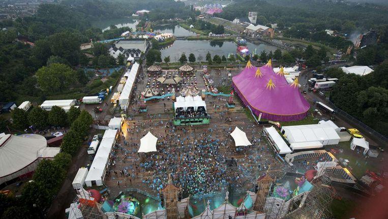 Dancefestival Tomorrowland in het Belgische Boom vanuit de lucht. Beeld null