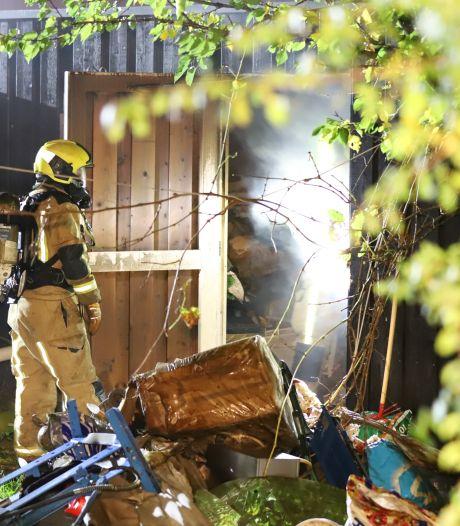 Schuur gaat in vlammen op in Ypenburg