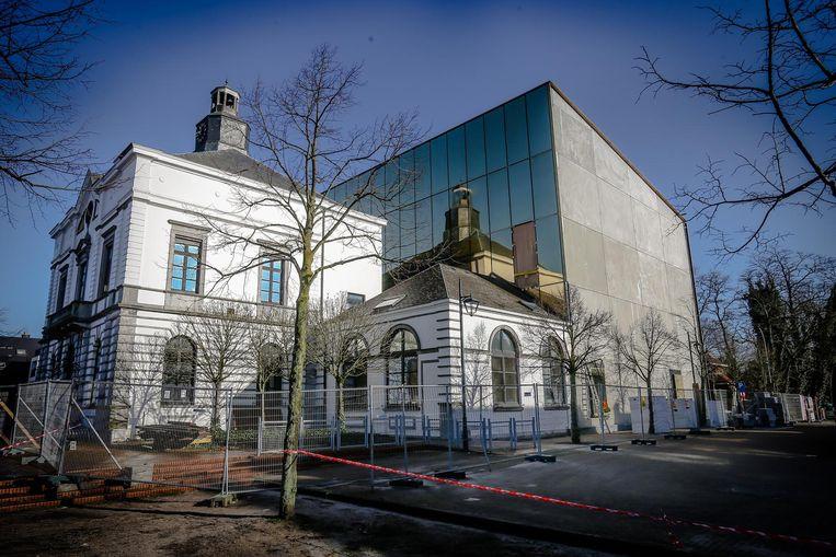 Het vernieuwde gemeentehuis van Leopoldsburg.