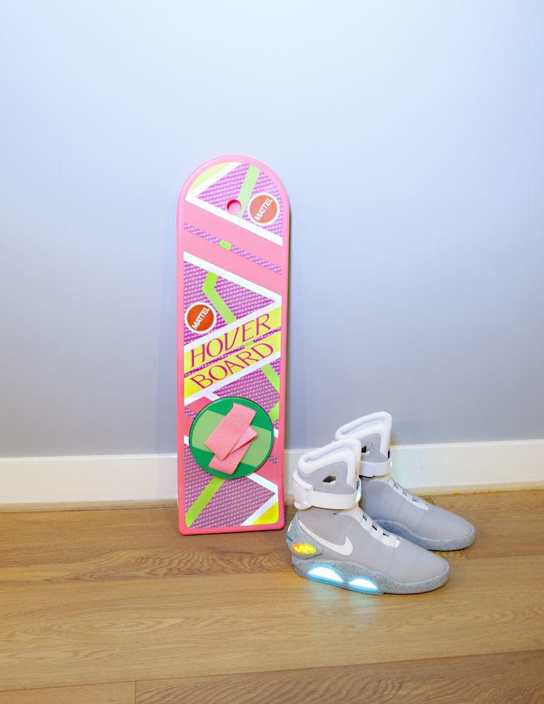 Het Hoverboard en Nikes uit de toekomst. Beeld Noël Loozen