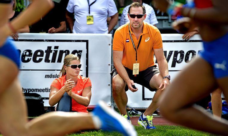 Dafne Schippers en haar coach Bart Bennema. Beeld anp