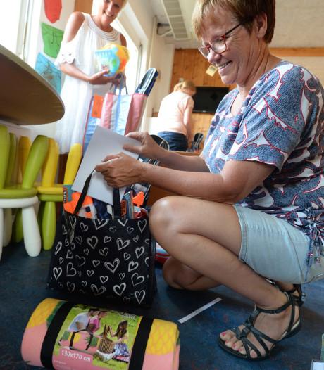 Tas vol vakantiespullen voor ruim vijftig Tubbergse minimagezinnen
