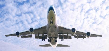 Flevoland wil vliegtuigen van Schiphol boven het IJsselmeer hebben
