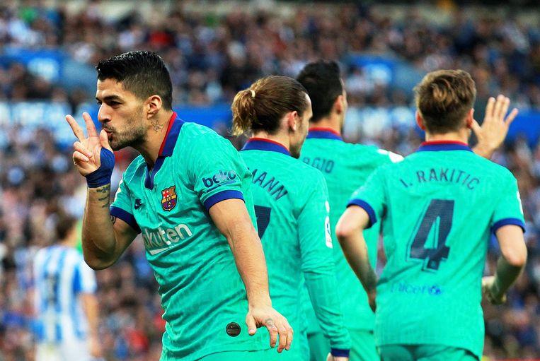 Messi en Suárez vonden elkaar voor de 1-2 in Sociedad.