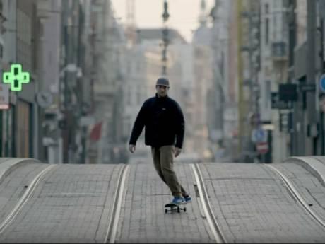 Kijktip! Dit is wat cameraman Rolf Dekens doet met een verlaten Amsterdam...
