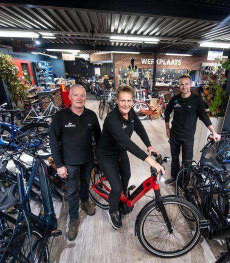 Twents familiebedrijf Bloemendal Bike Totaal bestaat 61 jaar: 'Nooit zo'n raar jaar meegemaakt'