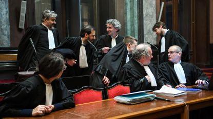 Opnieuw jurylid afwezig bij start zitting aanslag Joods Museum, reserve-jurylid blijkt nicht van politiespeurder