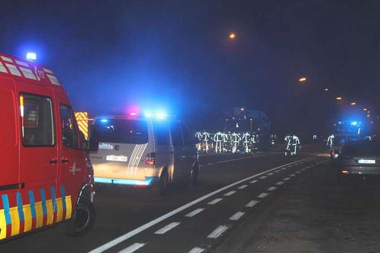 Bij een zware woningbrand in de Leernsesteenweg in Sint-Martens-Leerne is een bejaarde man omgekomen.