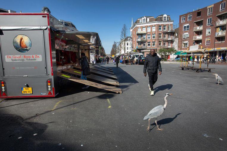 Het is rustig op de Amsterdamse Dappermarkt.  Beeld Maartje Geels