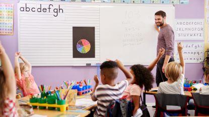 """Steeds minder mannen voor de klas: """"Het onevenwicht blijft toenemen"""""""