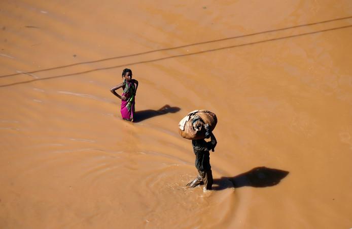 Veel dorpen in Mozambique zijn volledig overspoeld en moeilijk te bereiken.