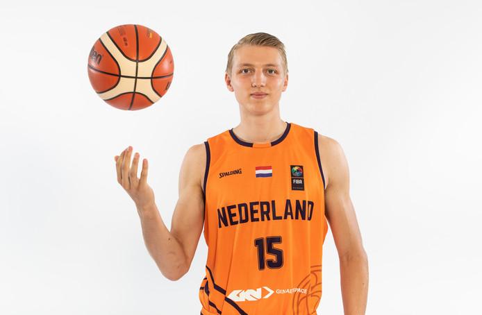 Jonas Visser is opgeleid in Vriezenveen en Zwolle, maar speelt komend seizoen in San Francisco.