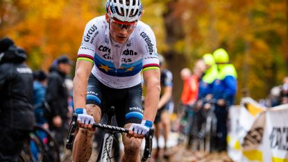 LIVE. Van der Poel domineert in Wereldbekercross in Tabor, wat doen Van Aert en co?