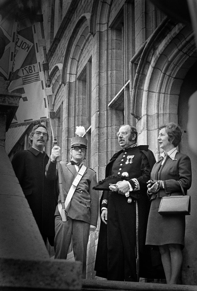 Burgemeester Van der Laar van Bergen op Zoom (rechts) met zijn vrouw.