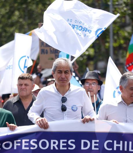 Regering Chili belooft betogers nieuwe grondwet