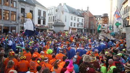 Carnavalisten ontsnappen niet aan omleidingsplan: Deuvelstoet vertrekt voor het eerst in Don Boscowijk