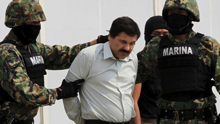 'El Chapo' bij zijn laatste arrestatie. Beeld reuters