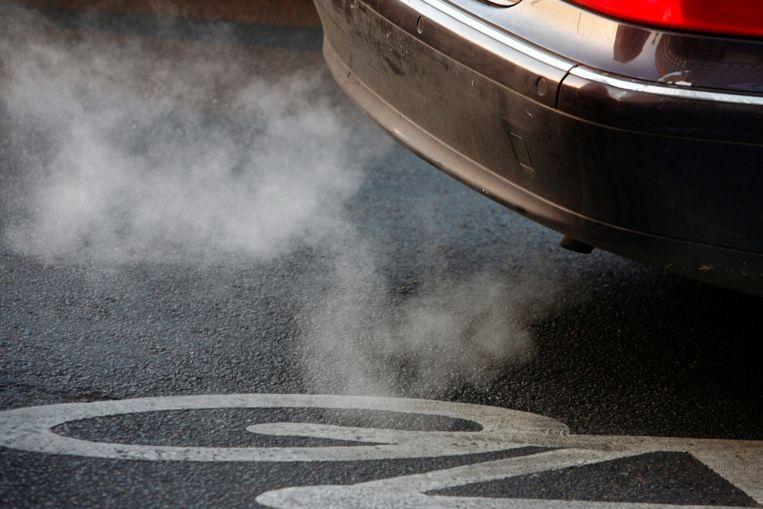 Alle nieuw aangekochte wagens zullen vanaf september strengere tests moeten doorstaan.