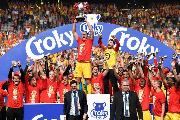 KV Mechelen won de beker en pakte de titel in 1B.