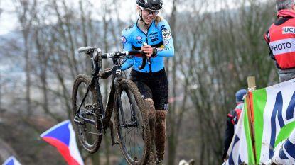 """Laura Verdonschot wint Vestingcross in Hulst: """"Deze overwinning maakt veel goed"""""""