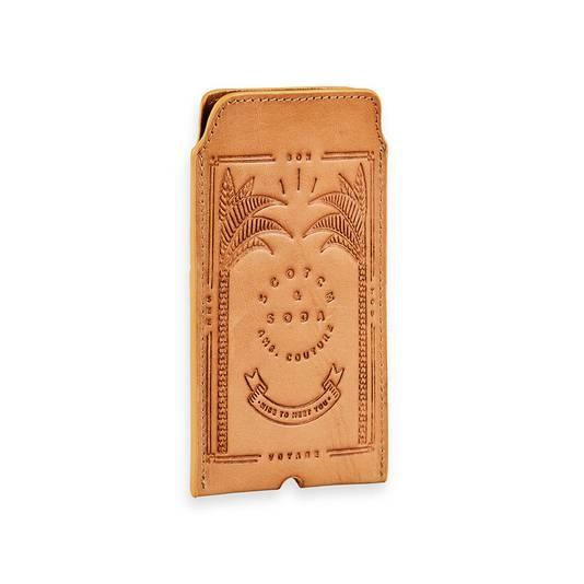Un porte-cartes de la marque Scotch and Soda. Prix: 29,95 euros.