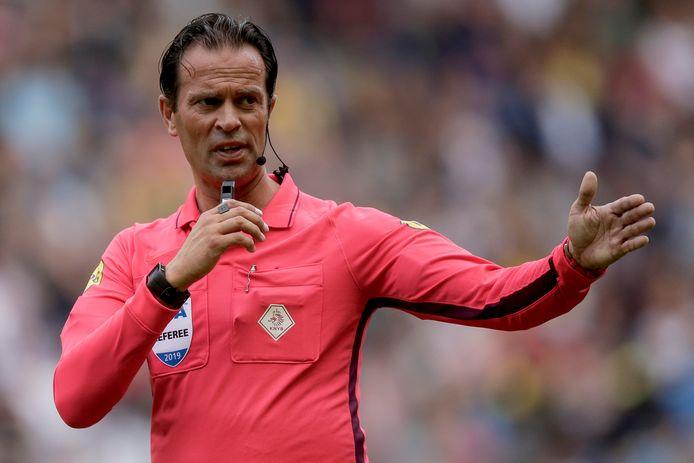 Bas Nijhuis fluit woensdag in de derde voorronde van de Europa League.
